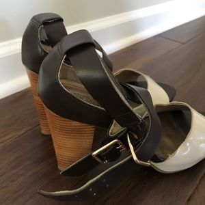 Kenneth Cole Reaction Shoes - Women's two-tone chunky heel